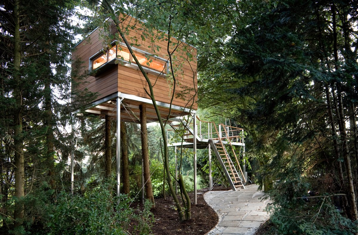 Baumhaus der kindheitstraum 2 0 for Treehouse designers