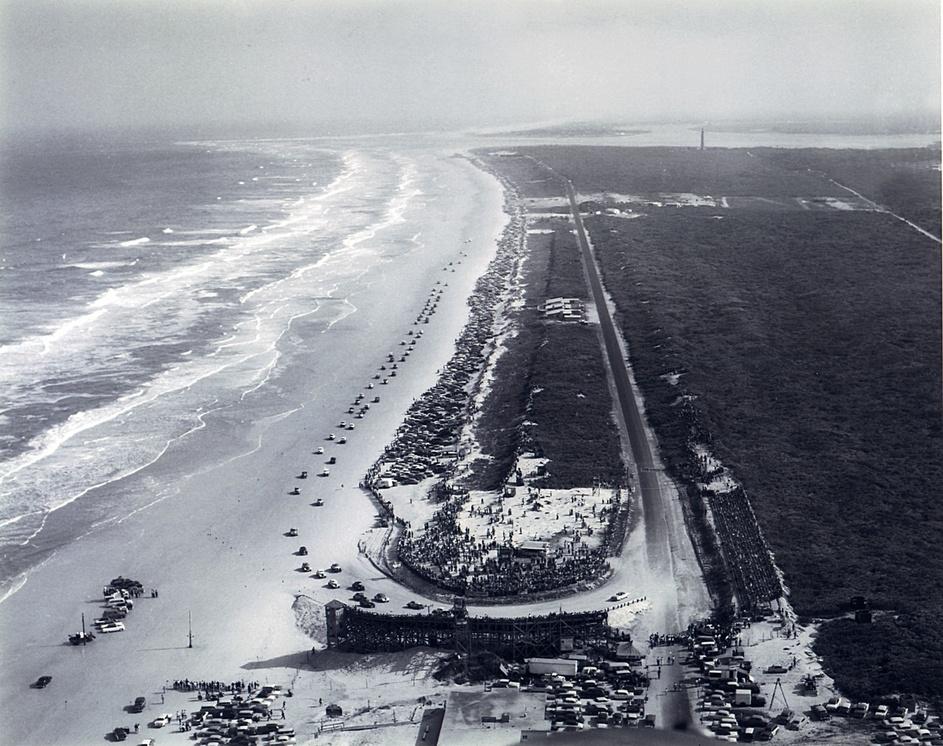 Daytona_Beach_1955